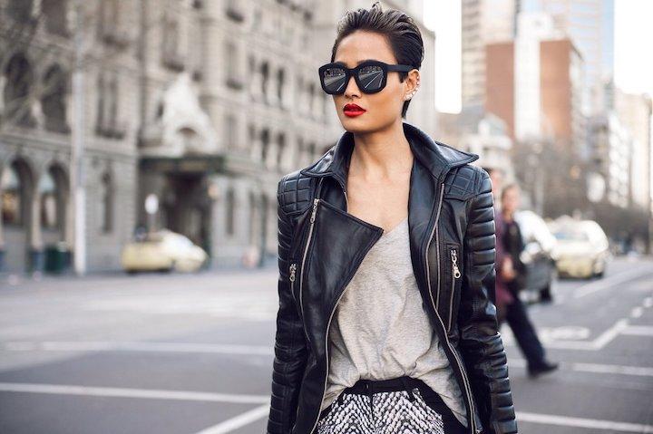 Модные кожаные куртки для женщин в 2019-2020 году: Что выбрать в этом сезоне