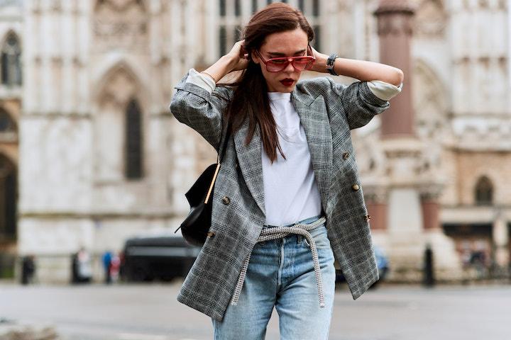 Пиджак (жакет) в стиле оверсайз: Модные образы на фото