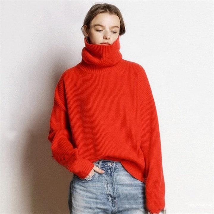 Как носить свитер с большим воротником