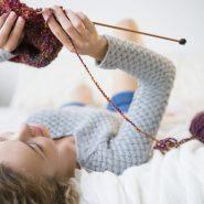 Связать детский свитер спицами: Подробные методы вязки для начинающих