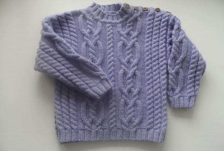 Связать детский свитер спицами