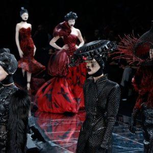 Модели для избранных от Alexander McQueen