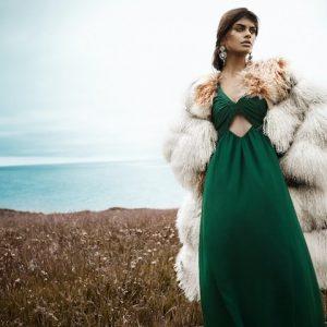Классика против моды – что надеть поверх вечернего платья