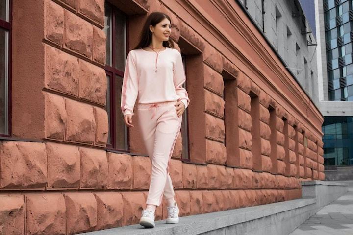 В чем секреты популярности женских трикотажных брюк