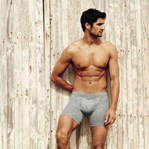 Какое белье носить, чтобы сохранить мужское здоровье до старости