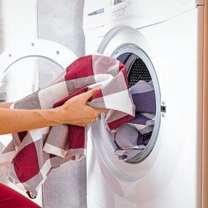 Какие пледы можно стирать в машинке, и как их сушить